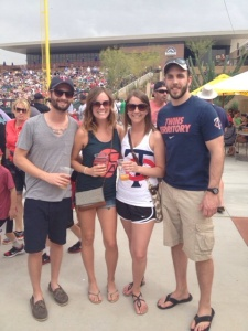 Twins fans enjoy the great Arizona weather