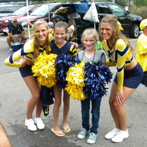 Going Blue - Michigan fans and cheerleaders