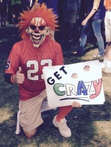 Syracuse fans get crazy