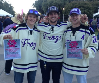 Horned Frogs hockey players before the game